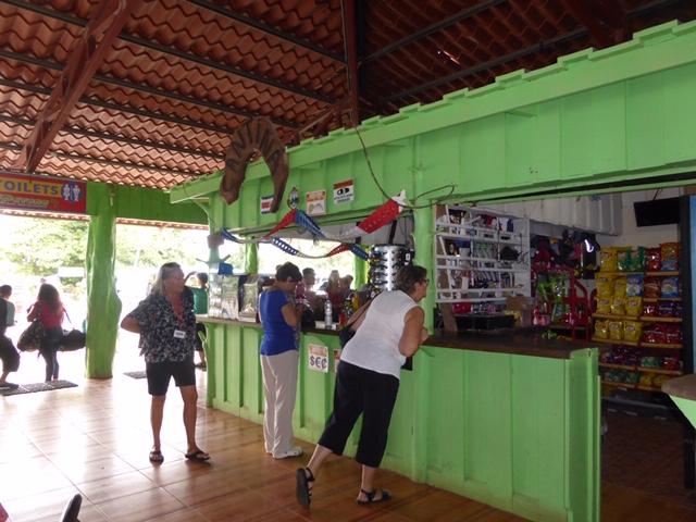 Costa-Rica-Regenwald-Bar