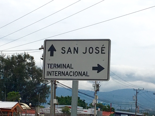 Costa-Rica-Straenschild-