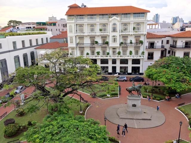 Panama-City-Blick-von-einer-Dachterasse